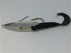 1/2 oz. Matte Silver Gator Weedless Spoon with Black Worm Trailer.